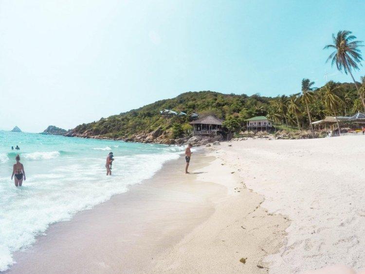 koh-tao-beaches-aow-leuk-beach-1080x810